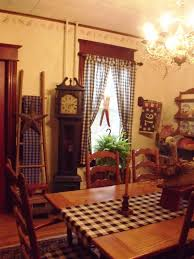 Best PrimitiveColonial Dining Rooms Images On Pinterest - Colonial dining rooms