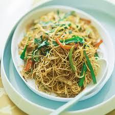 soja cuisine recettes recette nouilles sautées au poulet et pousses de soja cuisine