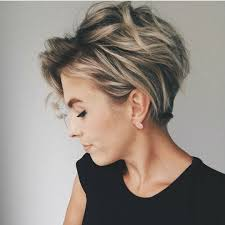 10 messy hairstyles for short quick chic women short