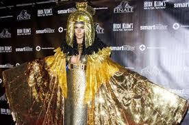ranking heidi klum u0027s epic halloween costumes