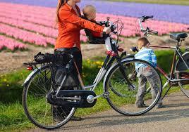 siège vélo bébé avant les conseils pour trouver le siège enfant avant pour vélo
