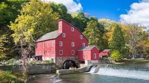 best small towns in america watch 11 of the best small towns in america architectural digest
