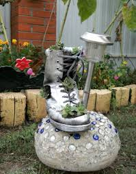 ingenious garden decorations that will impress you