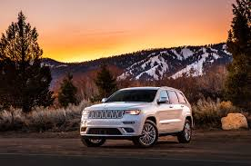 rhino jeep grand cherokee 2017 jeep grand cherokee trailhawk summit first look review