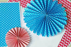 paper fans diy diy decorations paper fans with free templates toriorioria