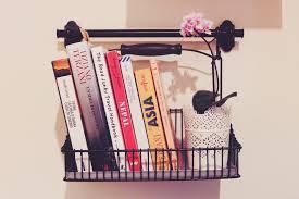 Libreria A Cubi Ikea by Come Creare Una Libreria Originale Colorata E Personale Via Che