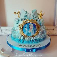 frozen themed birthday cake cake by dee cakesdecor