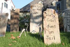 Outdoor Halloween Tombstone Decorations by The Easiest Halloween Decoration Old West Haunted Graveyard