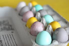 hand dyed eggs