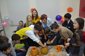 spirit halloween visalia ca alumni prepares students for exchange year finds passion world