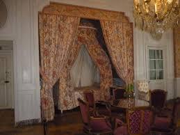 chambre d h es chambord plafond avec le f de françois 1er et la salamandre qui était l