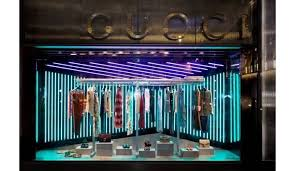 gucci s window displays are eye catching luxurylaunches