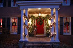 Simple Christmas Decorations For House Christmas Exterior Decorations Home Design Ideas
