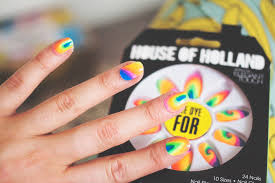 lily melrose uk style and fashion blog tie dye nails