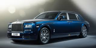 roll royce qatar rolls royce motor cars doha shares the limelight with phantom