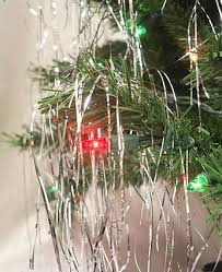5 ways to decorate with tinsel