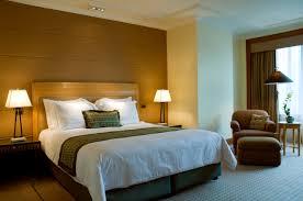 how to make your bedroom feel like a hotel designaglowpapershop com