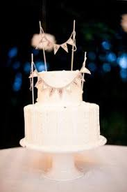 edible pearls go great on a simple wedding cake to add some style