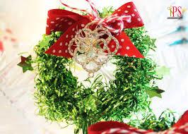 miniature tinsel wreath craft