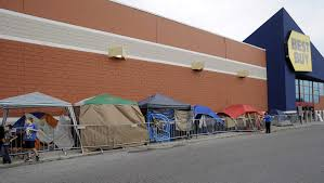 black friday best buy deals black friday shoppers set up camp outside best buy tbo com