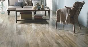 vinyl flooring that looks like wood to complete your project