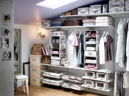 rangement armoire chambre dressing romantique ikea decoration idée rangement