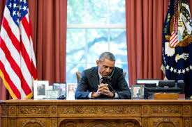 obama at desk obama unable to commute america s 4 year sentence new roman times