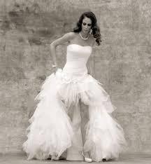 robe de mari e original robe de mariee courte devant longue derriere prix bas robe de