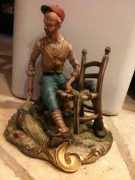 Capodimonte Tramp On A Bench Value Of My Figurine Artifact Collectors