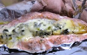 cuisine papillote salmon with blue cheese en papillote recipe cuisine fiend