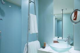 bathroom wall paint color ideas what color to paint bathroom walls michigan home design