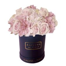 Fresh Romantic Blush Mixed Globe U2013 à La Lune De Fleur