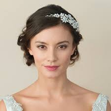 wedding hair accessories uk 431 best wedding accessories uk hairstyles ideas images on
