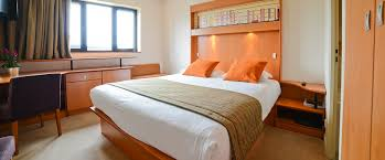 hotel geneve dans la chambre hotel near geneva rooms best porte sud de ève
