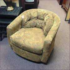 Small Living Room Chairs That Swivel Barrel Chair Low Back Living Room Chairs Tub Chairs Swivel