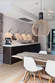 image cuisine moderne décorez vos intérieurs avec une table rustique kitchen
