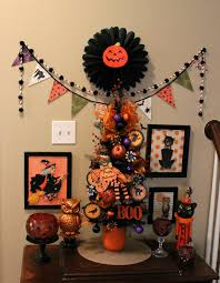 crafty in crosby vintage halloween vignette