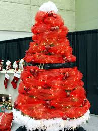 ideas to decorate the tree in different style trendy
