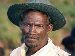 betsilio man madagascar beautiful world african people