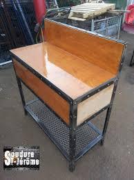 bureau bois acier bureau de travail bois traité epoxy patte en acier design