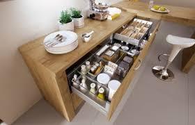 optimiser espace cuisine cuisine aménagement petit espace optimisation cuisine