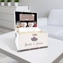 Wedding Gift Set 31 Best Engagement Hampers Images On Pinterest Hampers