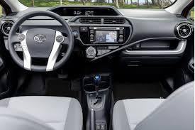 toyota prius vs camry 2017 toyota prius vs 2017 honda fit compare cars
