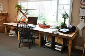 Diy Desks Large Diy Desk Made Of Wood Pallets That Reminds A Farm Table