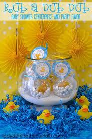 baby shower centerpiece 41 easy to make baby shower centerpieces cheekytummy