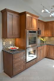 Decor Ideas For Kitchen Best 25 Brown Granite Ideas On Pinterest Tan Kitchen Cabinets