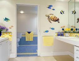 cute modern kids bathroom idea decorated with seaworld wallpaper cute modern kids bathroom idea decorated with seaworld wallpaper design
