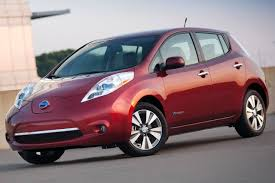 nissan leaf interior used 2014 nissan leaf hatchback pricing for sale edmunds