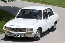 peugeot 504 coupe well equipped engine features in peugeot 504