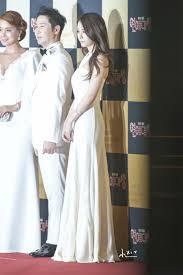 Red Carpet Entertainment Sbs Entertainment Awards 2013 Hq Photos F X Krystal Fansite